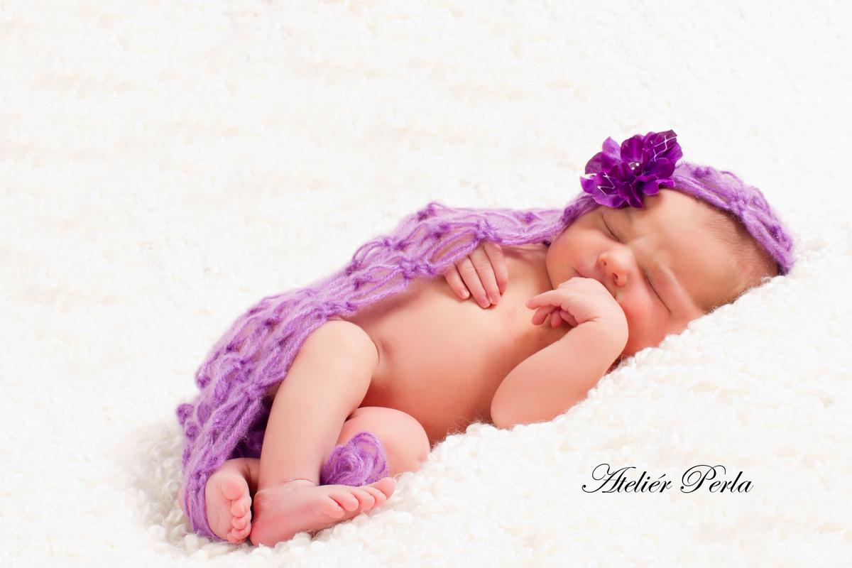 Newborn focení, Newborn, Newborn Brno, Novorozenec